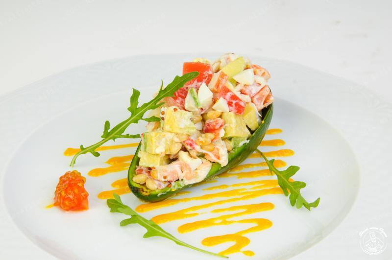 Салат из авокадо и крабовых палочек рецепты с